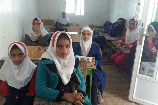 ۸۰۰ کودک «رضاآباد» شناسنامه ندارند/دانش آموزان بازمانده از تحصیل