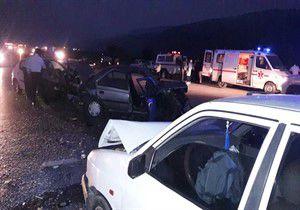۸ مصدوم در تصادف دو خودرو سواری