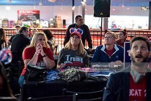 فیلم/ تماشای دستهجمعی نتایج شمارش آرای انتخابات آمریکا