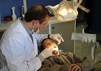 مددجوی دیروز، دندانپزشک امروز