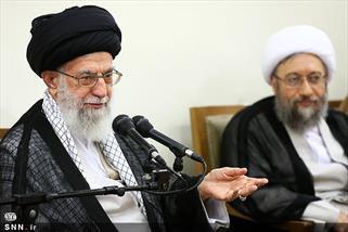 بیانات آیت الله خامنه ای در دانشگاه تهران و محکوم کردن برخوردهای خودسرانه با اندیشه های مخالف