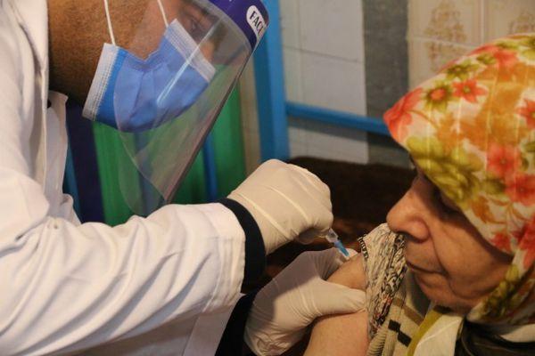 طرح ملی واکسیناسیون سالمندان تحت پوشش بهزیستی گلستان آغاز شد