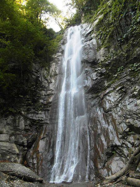 آبشار هفته طبقه (شادان) کردکوی سرآمد آبشاری های گلستان+تصاویر