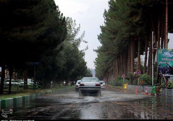 بارش باران در جاده های ۶ استان/ تردد روان در محورهای شمالی