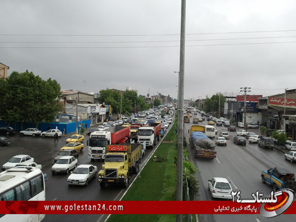 پاره شدن سیم هجده چرخ و ترافیک سنگین جرجان+عکس