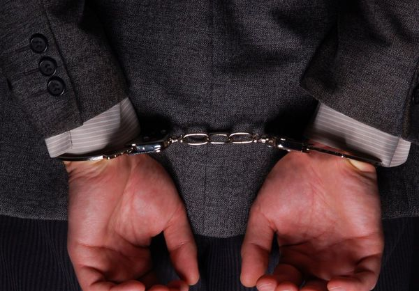 یکی از مشاوران هاشمی رفسنجانی بازداشت شد