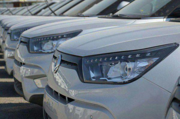 کارشناسان خبر از قاچاق بودن خودروهای وارداتی داده اند
