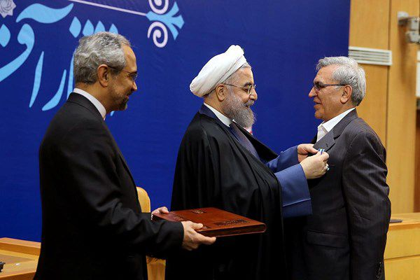 وقتی کسی به هشدار «نفوذ» رهبری توجه نکرد!/ چه کسی «دری اصفهانی» را وارد تیم مذاکره کننده کرد؟