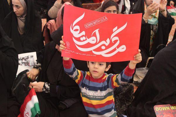 حاشیه های تصویری تجمع مردمی 9دی گرگان در قاب دوربین