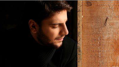 دانلود اجرای زنده سنتی ترانه ساری گلین سامی یوسف