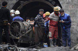 عملیات آواربرداری معدن گلستان به عمق 1700 متری رسید