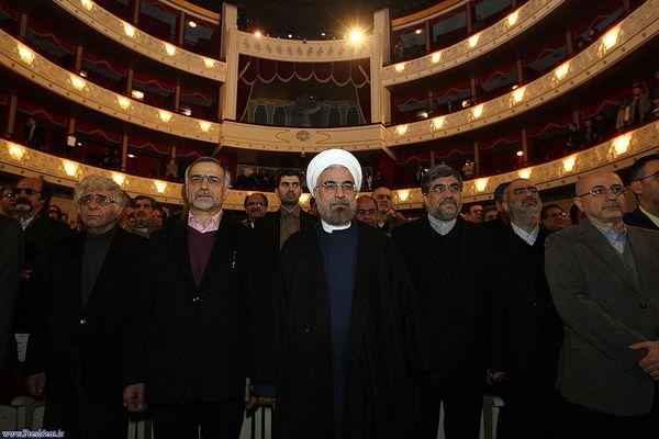 پایان حمایتهای هنرمندان از حسن روحانی/بیتدبیری دولت زمینهساز فرار بازیگران