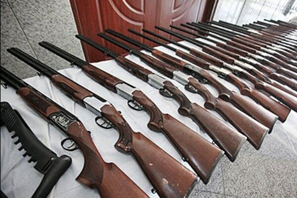 کشف ۱۰ قبضه سلاح شکاری غیرمجاز در آق قلا