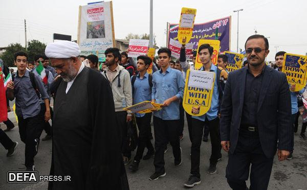 گزارش تصویری/ راهپیمایی باشکوه 13آبان در مرکز گلستان