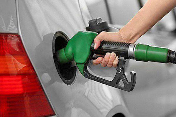 سهمیههای بنزین نمیسوزد / هیچ پمپ بنزینی در کشور تعطیل نشده است