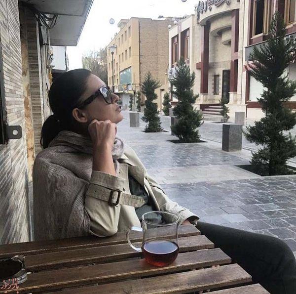 عکس/ خوشگذرانی بی حجاب بازیگر زن مشهور ترکیه در ایران!