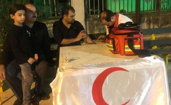 هلال احمر گنبدکاووس به عزاداران حسینی خدمات ارائه کرد