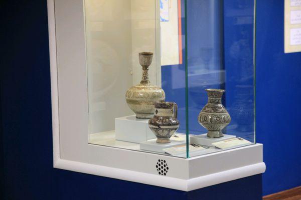 نمایش سفالینه های زرین فام شهر باستانی جرجان در موزه گرگان