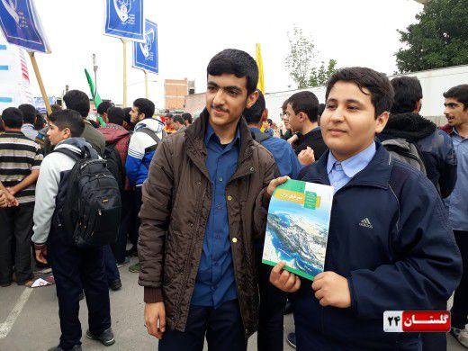 شعار مرگ بر آمریکا دانش آموزان گلستانی در 13 آبان طنین انداز شد