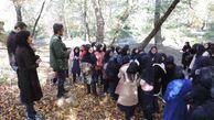 دانش آموزان گرگان بخشی از جنگل توسکستان را از زباله پاک کردند
